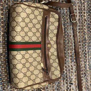 Vintage Gucci ophida shoulder bag